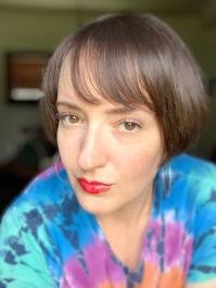 Lipstick_headshot
